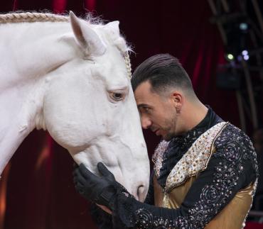 circo victor hugo cardinali cavalo natal 2021 2022 lisboa